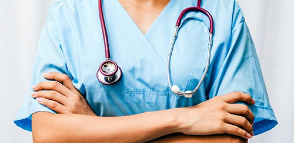 Nusižudžiusi Šiaulių ligoninės gydytoja iš darbo buvo atleista neteisėtai, pripažino Šiaulių darbo ginčių komisija
